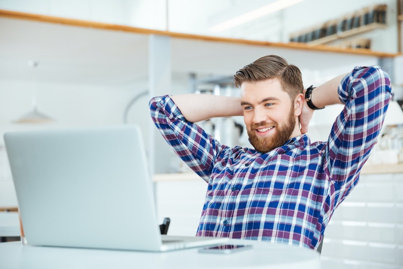 Example of man using laptop to do affiliate marketing